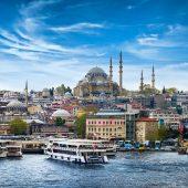 صحيفة سعودية: سحر إسطنبول لا يقاوم