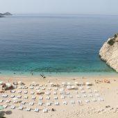 أنطاليا التركية الأولى عالميا بعدد شواطئ الراية الزرقاء